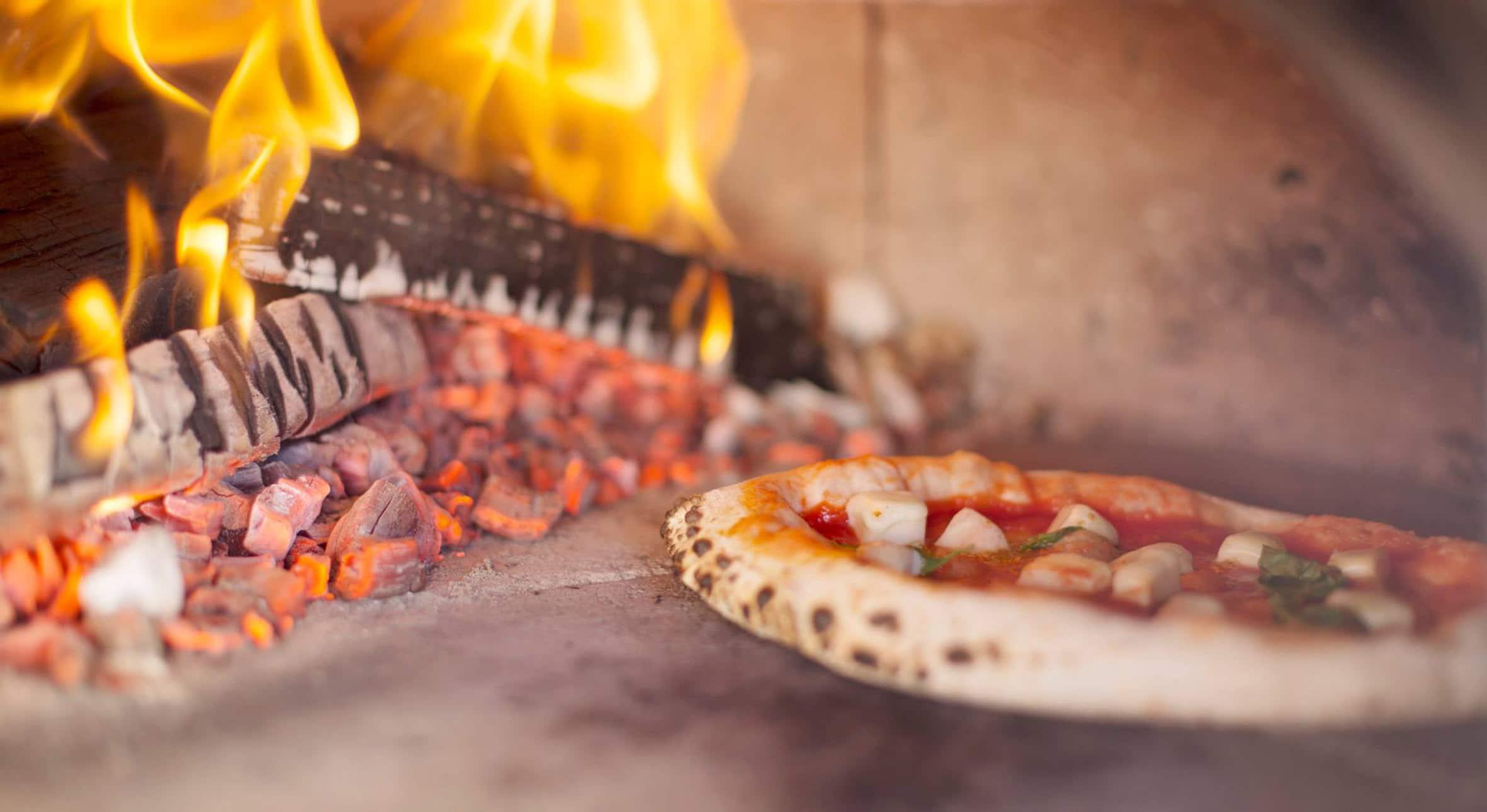 BRUNO WOODFIRE PIZZA – pizza gjord med kärlek och omtanke