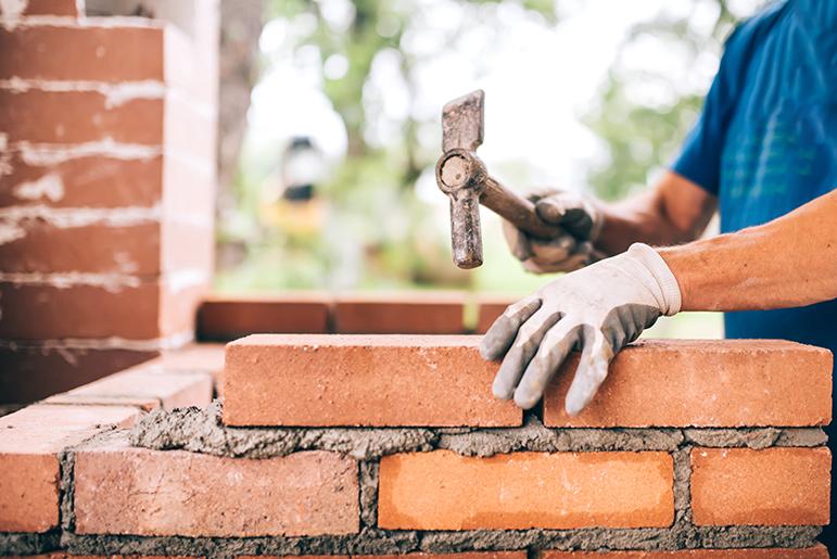 Birger firar 50 år  som murare