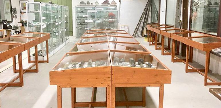 Invigning av unik  mineral- och fossilsamling